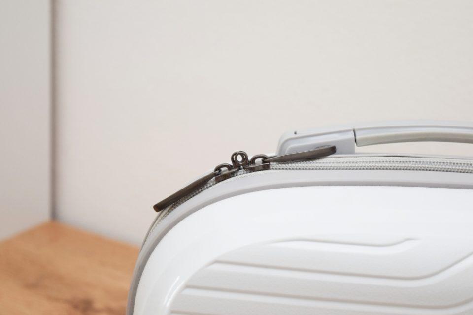 kozmetický kufrík March
