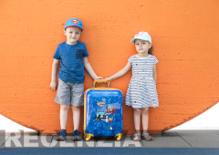48/5000 Recenzia detský kufor Travelite Heroes of the City